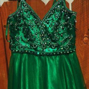 USA Size 18 Madeline Gardener Green Prom Dress